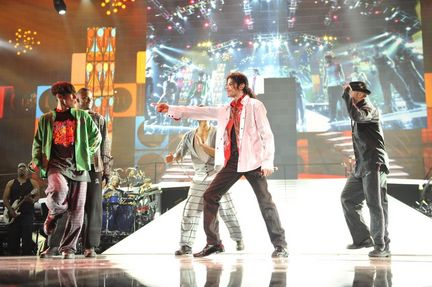 Michael Jackson performing a Jackson 5 number